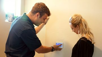 How You Should Set Your Air Conditioner Thermostat
